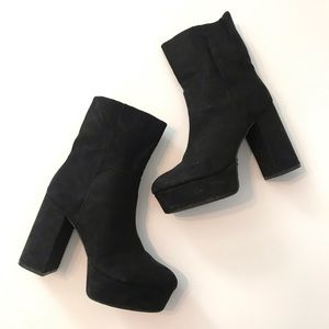 Urban Outfitters Black Platform Chunky Heel boot 7
